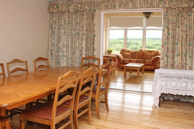 Tubridy House B&B Cooraclare breakfast room
